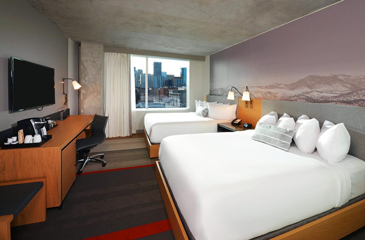 Denver Hotel Room with natural durmast furnitures